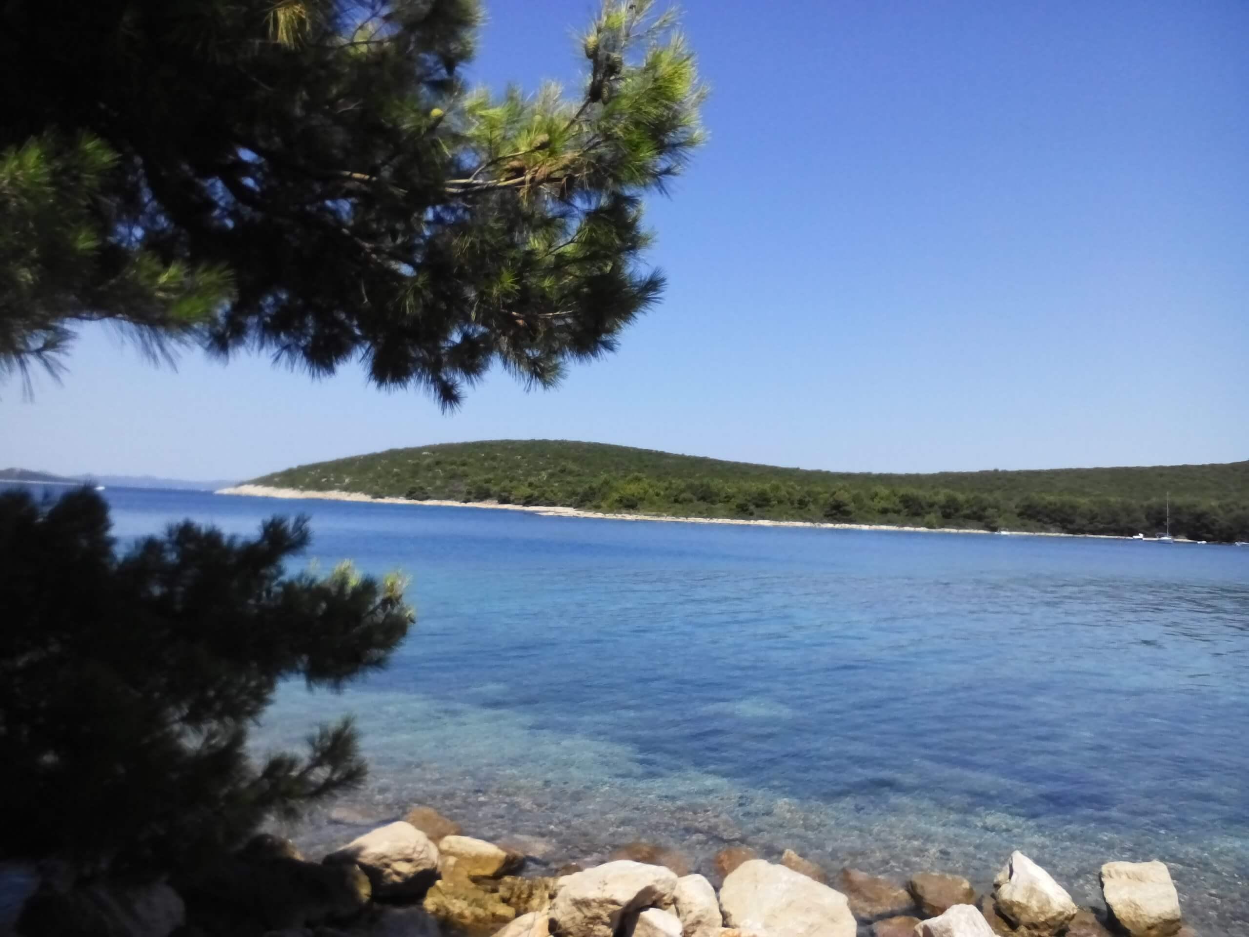 robinson-house-idro-island-pasman-croatia